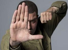 Sasha Baron Cohen új sorozata kizárólag az HBO GO-n!