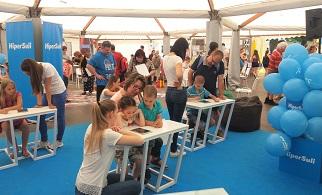 Menetlevéllel utazhatnak a gyerekek a biztonságos netezés világában a Városligeti Gyereknapon